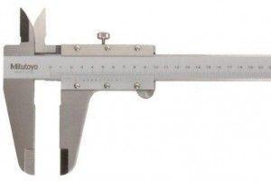 Mitutoyo 530-501 Dial Caliper; Range-0-600mm Resolution-0.05mm-2