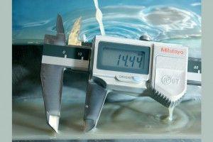 Mitutoyo 500-752-10 Digimatic Caliper ABS Range-0-150mm Resolution-0.01mm-4
